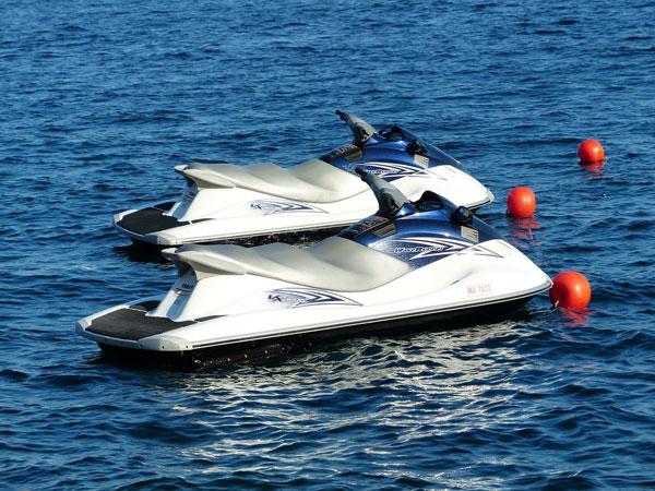 motos-acuáticas