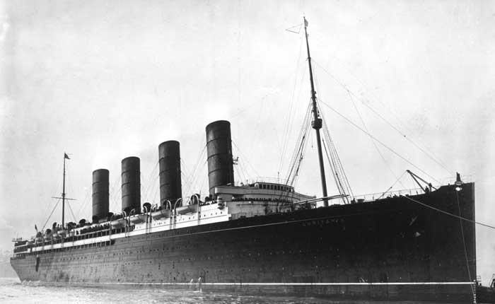 lusitania barcos de guerra