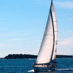 Maniobras básicas para navegar a vela