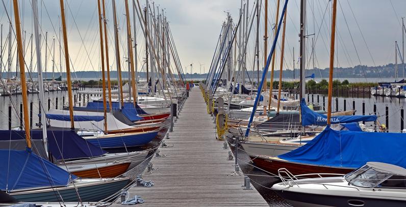 ¿Dónde puedo guardar el barco después del verano?