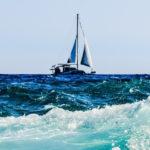 Cómo navegar a vela en contra del viento
