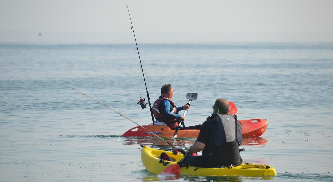 Cómo se pesca en kayak en el mar