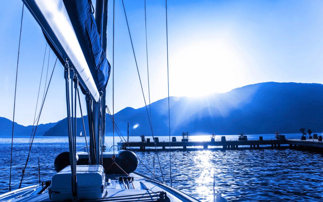 ¿Estás pensando en comprar un barco eléctrico?